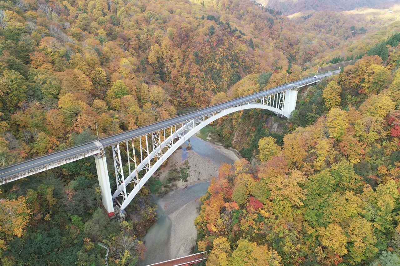 大越川橋塗装工事