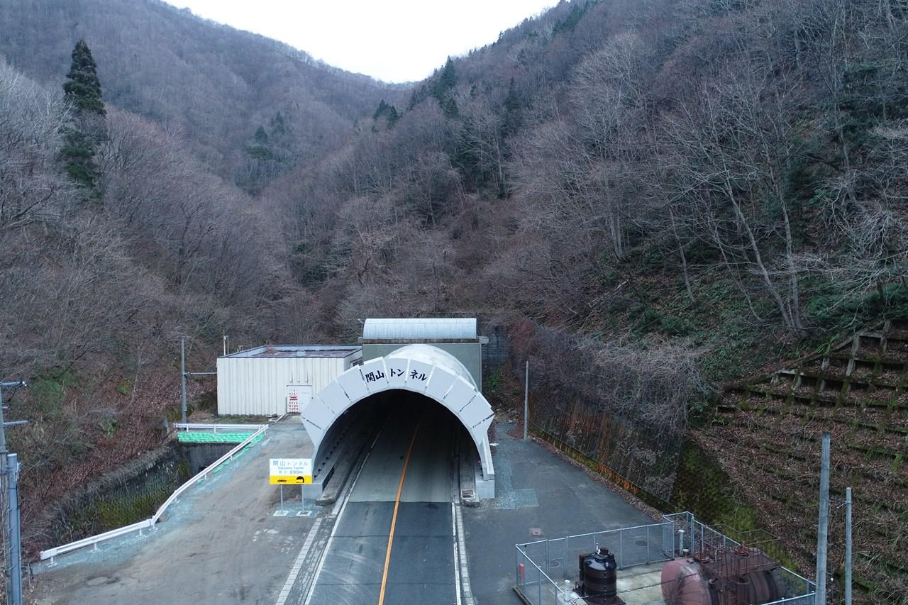 関山地区構造物補修工事